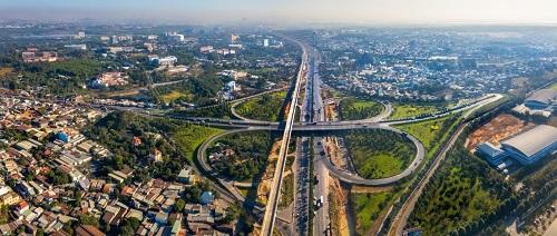 Bất động sản khu Đông Sài Gòn hưởng lợi từ nguồn vốn ngoại - ảnh 1
