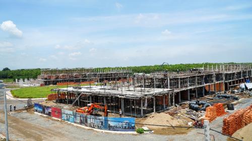Khu đô thị thông minh Viva Park có quy mô 680 căn nhà phố và biệt thự xây sẵn đã hoàn thành xong giai đoạn 1.