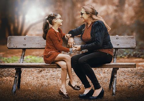 Con cái cần được dạy dỗ về tiền bạc để sớm tự chủ tài chính khi đủ tuổi trưởng thành. Ảnh: Pixabay