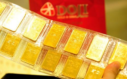 Giá vàng miếng trong nước hiện quanh 39 triệu đồng một lượng.