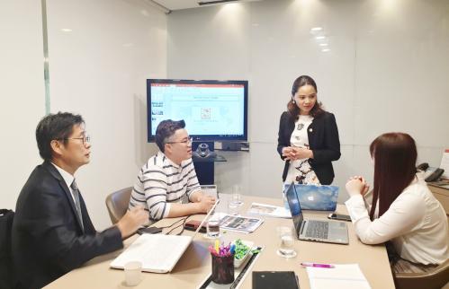 Hải Phát Toàn Cầu trong buổi làm việc với GangnamRiches Real Estate.