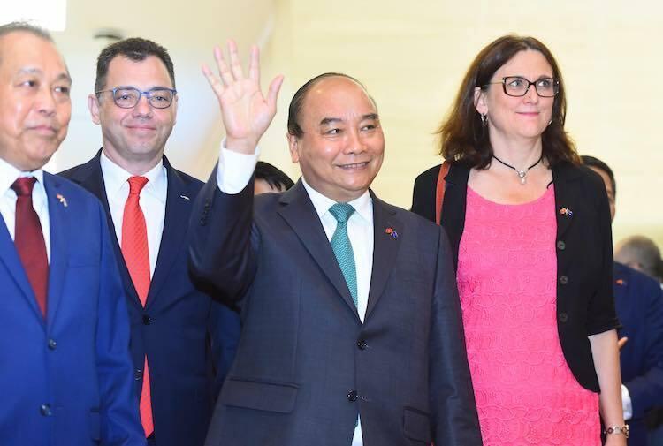 """Thủ tướng: """"EVFTA, IPA là hai tuyến cao tốc lớn nối Việt Nam và EU"""""""