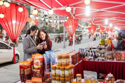 Vincom tổ chức lễ hội khuyến mại với hơn 800 thương hiệu - 2