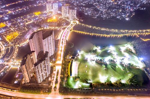 Toàn cảnh khu đô thị Ecopark về đêm.