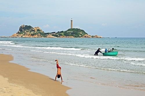 Kê Gà là một trong những địa điểm du lịch hút khách của Bình Thuận. Ảnh:Thanh Long Bay.