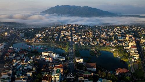 Thành phố Bảo Lộc có khí hậu mát mẻ