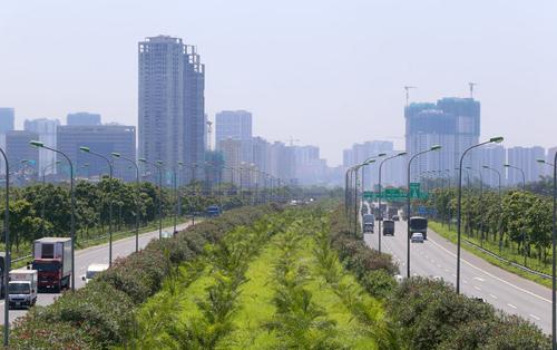 Các dự án bất động sản dày đặc ở phía Tây thủ đô Hà Nội. Ảnh: Giang Huy