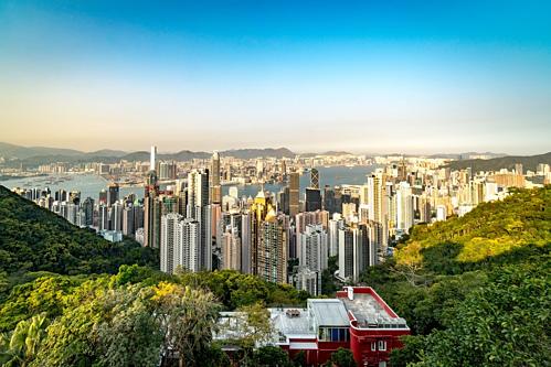 Nhà giàu Hong Kong muốn gom tiền sang Singapore - ảnh 1