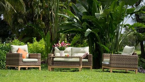 Các sản phẩm nội ngoại thất mấy tre, gỗ đa dạng phù hợp với khí hậu Việt Nam. Ảnh: Furnist.