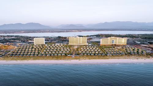 Lý do giúp Movenpick Resort Cam Ranh thu hút nhà đầu tư