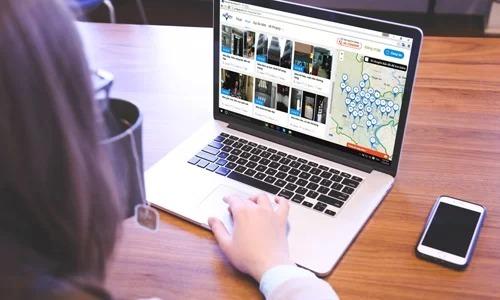 Ứng dụng công nghệ trong thị trường nhà đất ngày càng phổ biến. Ảnh: Vũ Lê