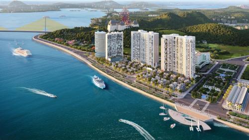 Dự án căn hộ nghỉ dưỡng Sapphire Ha Long nằm tại mặt đường bao biển Bến Đoan (Hòn Gai).