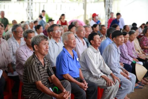 Vedan khám chữa bệnh, phát thuốc miễn phí cho người dân Đồng Nai - 1