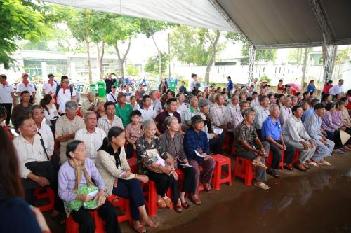 Vedan khám chữa bệnh, phát thuốc miễn phí cho người dân Đồng Nai