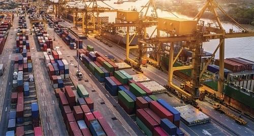 Hạ tầng phát triển kết nối các khu vực với cảng biển cùng nhu cầu an cư của người lao động, chuyên gia đang thúc đẩy thị trường bất động sản Bà Rịa - Vũng Tàu.