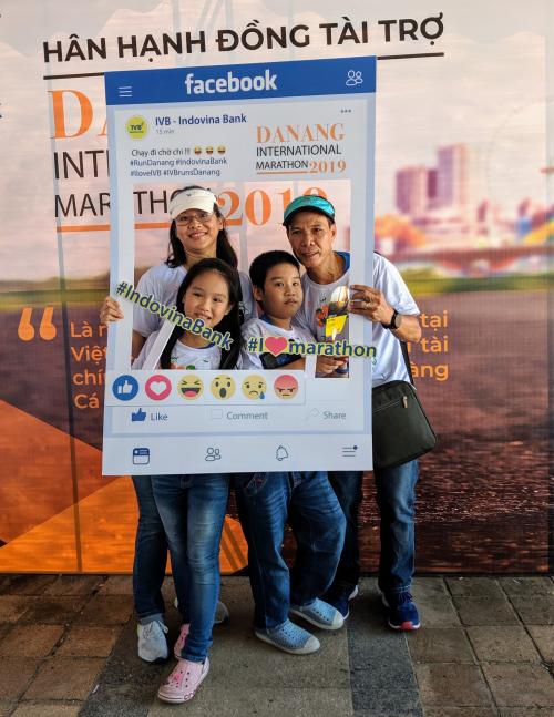 Gian hàng của  Indovina Bank thu hút các runner tại  Marathon quốc tế Đà Nẵng - 2 Gian hàng của Indovina Bank thu hút các runner tại Marathon quốc tế Đà Nẵng Gian hàng của Indovina Bank thu hút các runner tại Marathon quốc tế Đà Nẵng 1665265529 w500 4585 1565923273