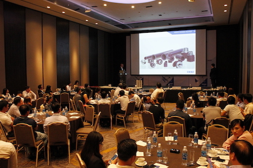 Hội thảo đón tiếp hơn 100 khách mời là các nhà thầu, chủ đầu tư và đại lý phân phối vật liệu xây dựng chất lượng cao tham dự.