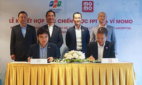 MoMo cung cấp dịch vụ thanh toán điện tử cho FPT IS