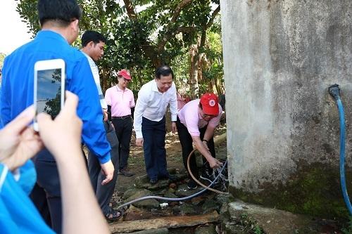 CP Việt Nam mang nước sạch đến làng Kà Nâu