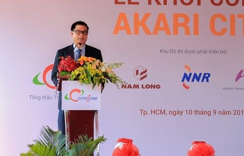 Ông Nguyễn Bá Dương - Chủ tịch Coteccons phát biểu tại buổi lễ.