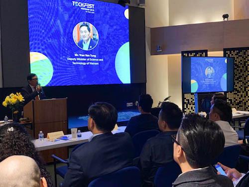 Thứ trưởng Trần Văn Tùng phát biểu tại sự kiện.