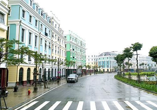 Dãy phố thuộc dự án Sun Premier Village Halong Bay tại Bãi Cháy đã đi vào hoạt động