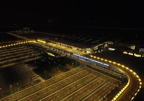 Cảng hành khách quốc tế Vân Đồn là một trong những công trình giao thông trọng điểm của Quảng Ninh.
