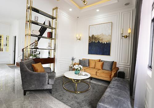 Hình ảnh phòng khách căn nhà mẫu Young Town Tây Bắc Sài Gòn.