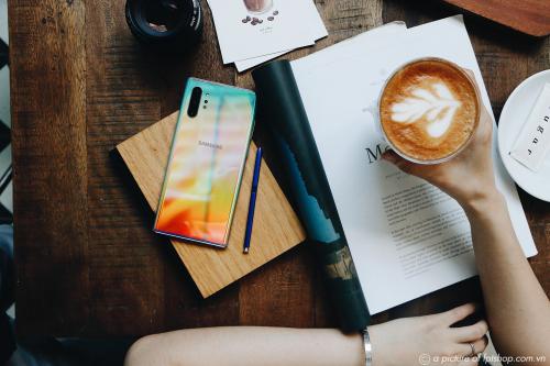 Tại FPT Shop, bạn sẽ mua trả góp không lãi suất các dòng smartphone Samsung với kỳ hạn lên đến 12 tháng.