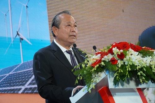 Phó Thủ tướng Trương Hòa Bình phát biểu tại hội nghị xúc tiến đầu tư tỉnh Bình Thuận 2019. Ảnh: Việt Quốc.