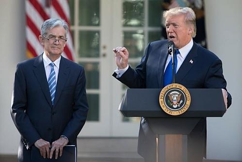 Trump 'mang' Fed tren Twitter co hieu qua