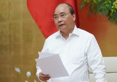 Thủ tướng Nguyễn Xuân Phúc chỉ đạo tại cuộc họp Chính phủ ngày 2/10. Ảnh: VGP