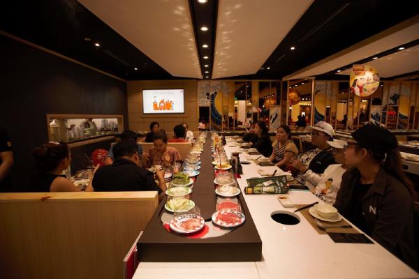 Không gian trải nghiệm ẩm thực phong phú tại Vincom Plaza Cao Lãnh.