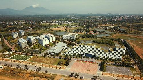 Đại học FPT Hòa Lạc.