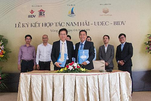 Lễ ký kết hợp tác chiến lược giữa Công ty Nam Hải và UDEC hôm 4/10.