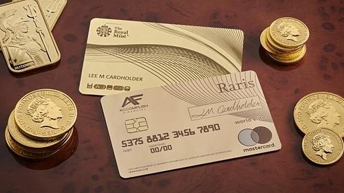 Thẻ tín dụng bằng vàng