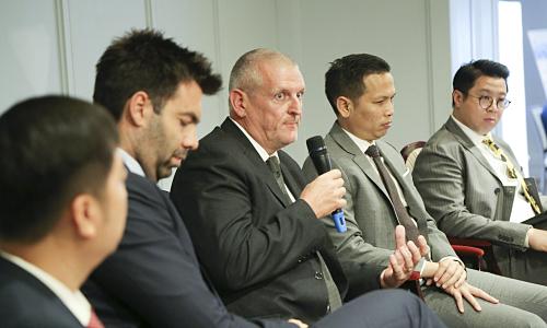 Nhiều cơ hội cho người Việt đầu tư ra nước ngoài