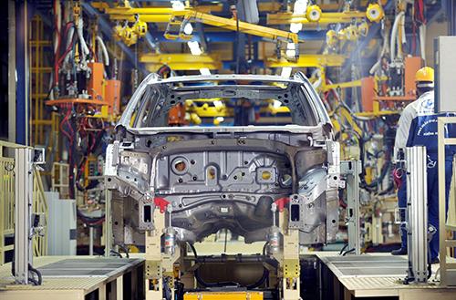 Dây chuyền sản xuất tại nhà máy sản xuất ôtôở Việt Nam. Ảnh: Hyundai