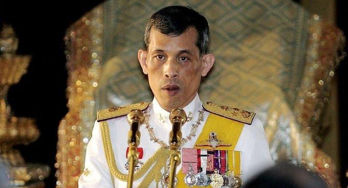 1. Quốc vương Thái Lan - Maha Vajiralongkorn (Rama X)  Tài sản: 30 tỷ USD Tài sản của quốc vương Maha Vajiralongkorn chủ yếu đến từ Crown Property Bureau - cơ quan chịu trách nhiệm quản lý tài sản cho hoàng tộc. Ông hiện cũng sở hữu Golden Jubilee Diamond 545,67 carat - viên kim cương nhiều góc cạnh lớn nhất thế giới trị giá 12 triệu USD. (Ảnh: Reuters)