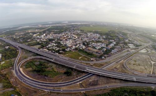 Cao tốc TP HCM - Long Thành - Dầu Giây. Ảnh: H.P.