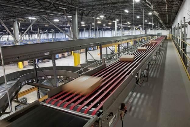 Băng tải thông minh được ứng dụng trong nhiều ngành sản xuất,mang lại hiệu quả kinh tế và nâng cao chất lượng sản phẩm.