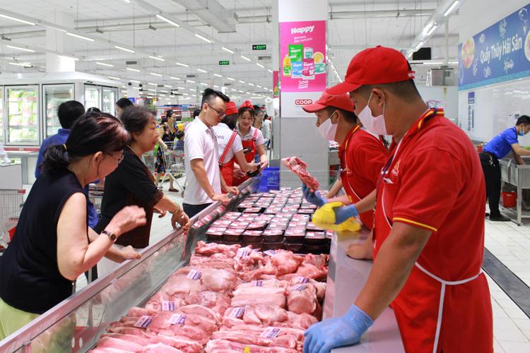 4 siêu thị mới khai trương sẽ giảm giá đến 50% hàng nghìn mặt hàng.