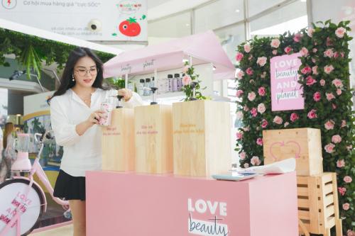 Unilever cam kết giảm thiểu rác thải nhựa - ảnh 1