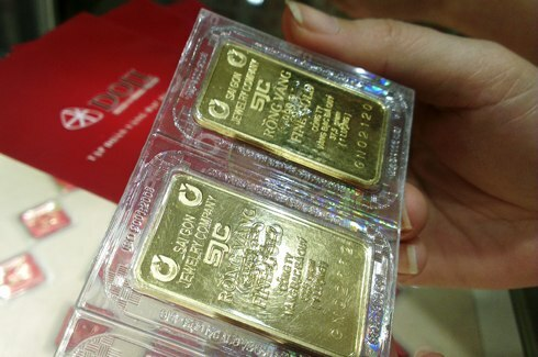 Giá vàng giảm mạnh - ảnh 1