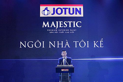 Ông Jon Bigseth - Tổng Giám đốc Jotun Việt Nam – phát biểu mở màn chương trình Ngôi Nhà Tôi Kể.