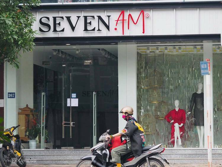 Chuỗi SEVEN.AM đóng cửa vì 'nghi vấn bóc tem Trung Quốc'