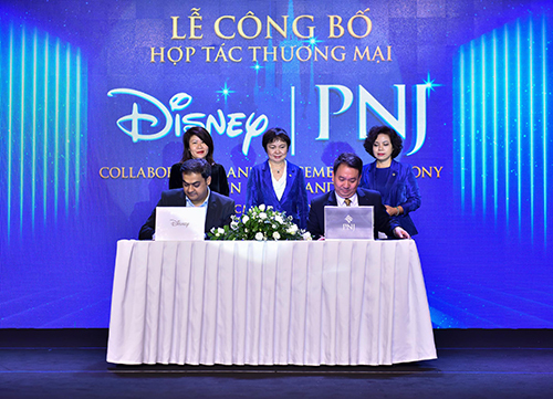 Lễ công bố hợp tác thương mại giữa PNJ và Walt Disney diễn ra tại White Palace, TP HCM.