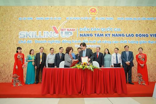 Chủ tịch Vietjet chia sẻ kế hoạch đào tạo nhân lực ngành hàng không - ảnh 2