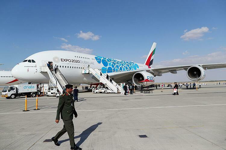 Máy bay ế ẩm tại Dubai Airshow - ảnh 1