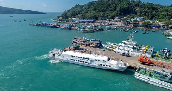 Tàu Superdong Phú Qúy II chính thức khai trương vào rạng sáng ngày 24 tháng 1 năm 2019  Superdong dành 10 tỷ đồng tặng quà tri ân khách hàng image001 6967 1574132423
